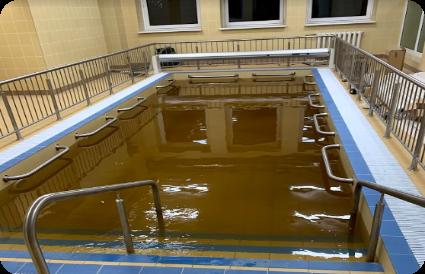 Šiaulių Petro Avižonio Regos Centras baseino vanduo prieš paruošimą