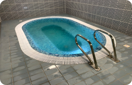 vidaus masažinis baseinas