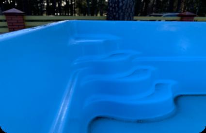 stiklo audinio baseinas laiptukai